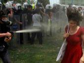 Kırmızılı kadına gaz sıkan polis konuştu