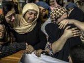 Okul katliamı ardından Pakistan yasta