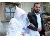 Savaşın gölgesinde düğün
