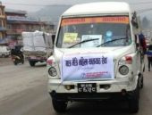 Nepal'in tacizlere bulduğu çözüm kadınlara özel minibüs