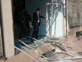 Ak Parti binasına bombalı saldırı