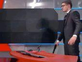 Canlı yayında televizyonu silahla bastı