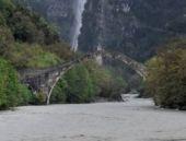 Yunanistan'da Osmanlı köprüsü yıkıldı