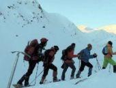 Kandil'e ilk dağcı grubu çıktı