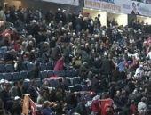 AK Parti kongresinde şaşırtan pankart