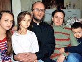 Hıristiyan din adamı AK Parti'den aday!