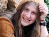 'Kırmızı fularlı kız'ın annesi HDP'den aday