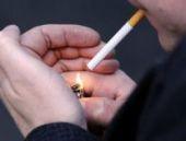 Mahkeme kendi evinde sigara içmesini yasakladı