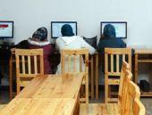 Kadınlara özel pembe internet kafeler geliyor
