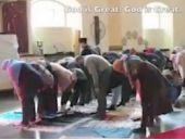Müslümanlar kilisede namaz kıldı