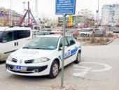 Trafik polisi kendi aracına ceza kesti