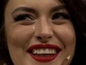 Ezgi Mola Beyaz Show'da ağladı!