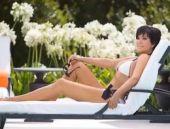 Kardashian: 'Annemin sevişme sesiyle uyandım!'