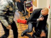 İsveç'te Göç Bakanı'na şok saldırı!