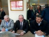 CHP'de üç ilçede toplu istifa