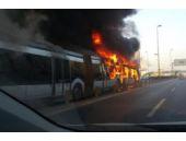 Metrobüs yangınından ilk görüntüler!
