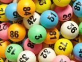 1 Nisan' da lotoyu kazandı şaka sandı