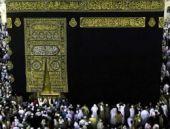 İran'dan umre için Suudi Arabistan'a uçuş yaşağı