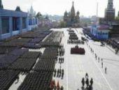 Rusya: Kızıl Meydan'daki en büyük askeri tören