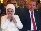 Erdoğan çifti o şiirle gözyaşlarına boğuldu!