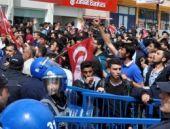 Demirtaş'ın mitinginde yine olay çıktı