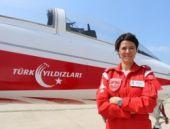 Türk Yıldızları'na ilk kadın yıldız