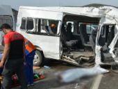 Cezaevi aracı TIR'la çarpıştı: 3 ölü