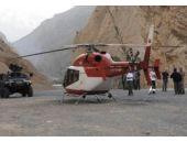 Ambulans helikopter acil iniş yaptı