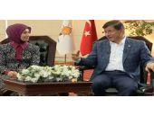 Sare Davutoğlu'ndan eşine canlı yayında sürpriz!