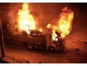 Diyarbakır ve Şırnak'ta gerginlik! Araçlar ateşe verildi