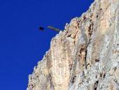 Erzincan'da Paraşütle atlayan ABD'li öldü