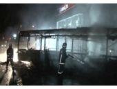 Ataşehir'de teröristler otobüs yaktı!