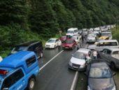 Şiddetli yağış yüzünden yol kapandı