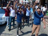 Osmaniye'de HDP binasına taşlı saldırı