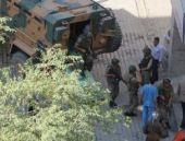 Şemdinli'de askeri araca bombalı saldırı