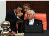 Meclis'teki olağanüstü oturumdan özel kareler!