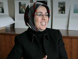 Yemin boykotu 1999 yılında Fazilet Partisi'nden Meclis'e giren Merve Kavakçı ile ilgili tartışmaları hatırlattı