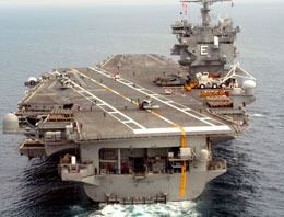 ABD'nin, USS Enterprise nükleer uçak gemisinde çekilen cinsel içerikli video görüntüleri büyük bir skandal yarattı.