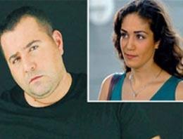 Ata Demirer, sevgilisi Özge Borak'ın ayrıldığı eşi Bülent Şakrak'a 'Eyyvah Eyvah 2'de yer vermedi