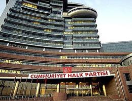CHP Diyarbakır İl Teşkilatı, 12 PKK'lı için ilan edilen yas kararına uymak için seçim bürolarında kepenk indiriyor