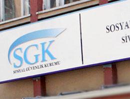 Trafik ve diğer cezalarını yapılandırmak isteyenler Maliye'ye, Bağ-Kur ve SSK borcunu taksitlendirmek isteyenler de SGK'ya akın ediyor.