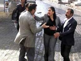 Sebahat Tuncel'in tokat attığı Emniyet Amiri Murat Çetiner'in annesi konuştu.