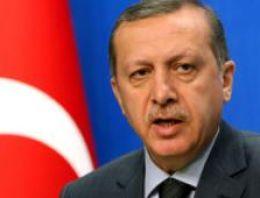 Gazeteci Can Dündar, kaset tartışmalarında takındığı tavrı eleştirerek Başbakan Recep Tayyip Erdoğan'a İsmet İnönü'yü örnek gösterdi