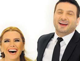 Davut Güloğlu, nişanlısı Ece Erken'e şarkı söyleyerek sürpriz yaptı