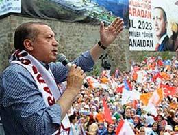 Başbakan Recep Tayyip Erdoğan, partisinin Sakarya mitinginde Kemal Kılıçdaroğlu'na CHP'nin tarihiyle yüklendi.