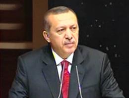 Başbakan Recep Tayyip Erdoğan, arkadaşı ve eski Özel Kalem Müdürü Ömer Yararbaş'ın annesi Ayşe Yararbaş'ın cenaze törenine katıldı