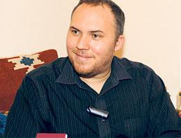 Mehmet Reşat'ın torunlarından Mahmut Osmanoğlu, 'Türkiye'de İngiliz turist değil, Türk olmak istiyorum' diyor