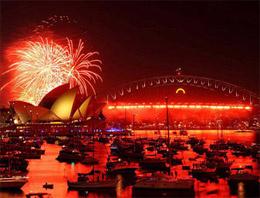 Dünyadaki birçok ülke yeni yılı görkemli kutlamalarla karşıladı