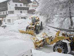 Kar nedeniyle bazı il ve ilçelerde okullar tatil edildi.