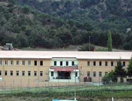 Çocuk cezaevleri 'eğitim evi' oluyor